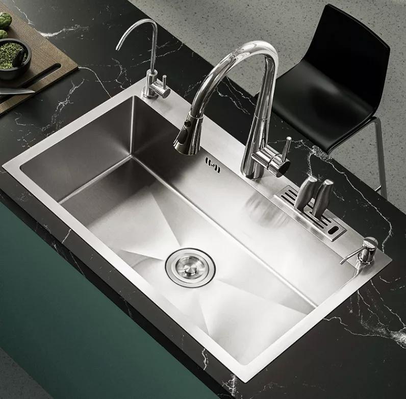 诺维家全屋定制:我家水槽没买对,厨房都不想踏进去了!,诺维家全屋定制:我家水槽没买对,厨房都不想踏进去了!